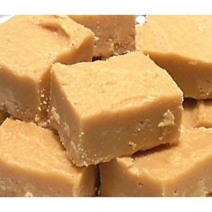peanut-butter-clotted-cream-fudge