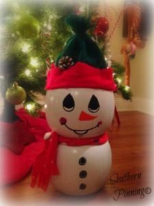 Plastic Pumpkin Snowman Project